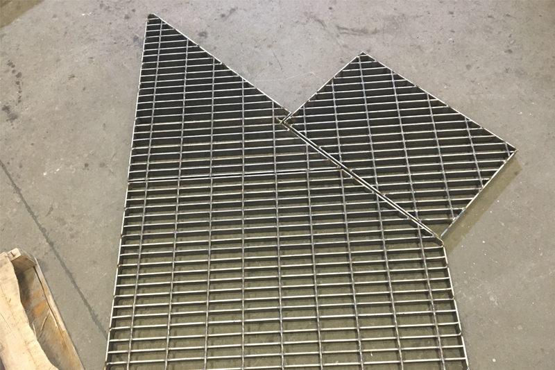 Industrial Carbon Steel Bar Grating | Direct Metals